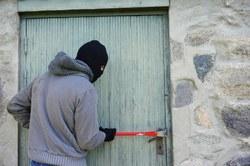 Prévenir les cambriolages : avez-vous pensé à protéger l'étage et les caves ?