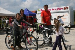 """Marché Local & Artisanal """"Autour du vélo"""""""